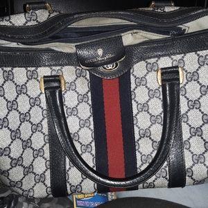 Gucci vintage accessory collection handbag